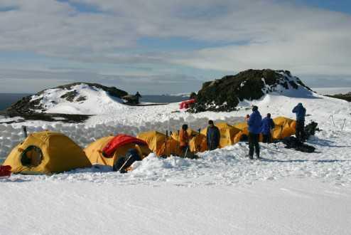 Antarctica_2004_041_-_center